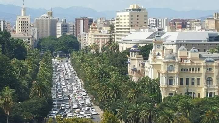 Málaga completamente colapsada por la maifestación de taxistas